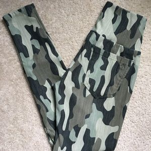 Small Camo A&D Jeggings